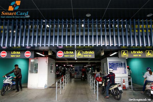 Hệ thống quản lý bãi gửi xe máy